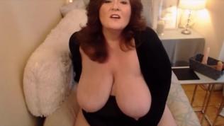 Elegant BBW MILF wiht dirty desires n giant natural tits