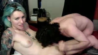 Green Haired Tranny Cumming – Handjob By Her BF